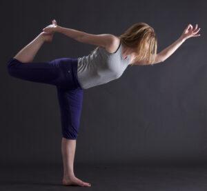 Yoga-Figur Tänzerin