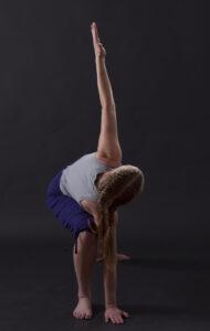 "Yoga-Figur ""Dreieck"""