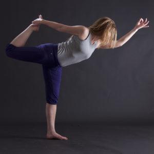 "Yoga-Figur ""Tänzer"""